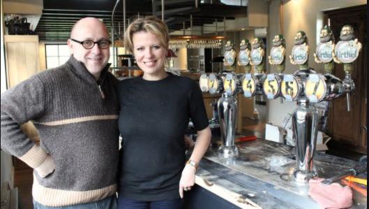 Casal proprietário da Cervejaria Leyerth e da marca Urthel: Bas Van Ostaden e Hildegard