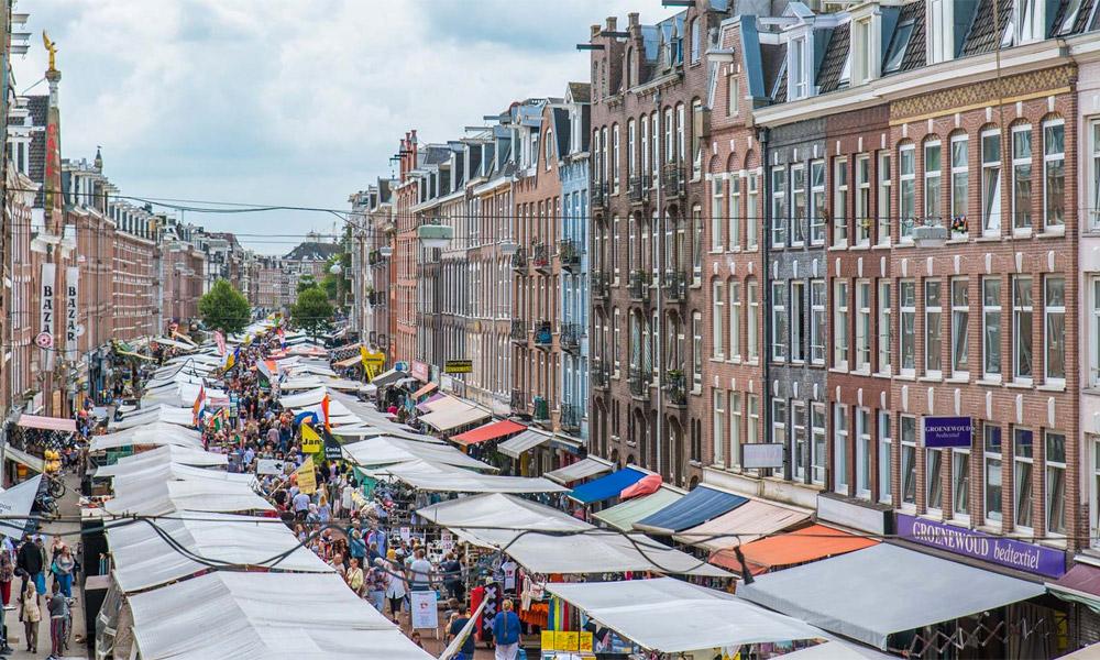 Albert Cuypmarkt a maior feira livre de Amsterdam