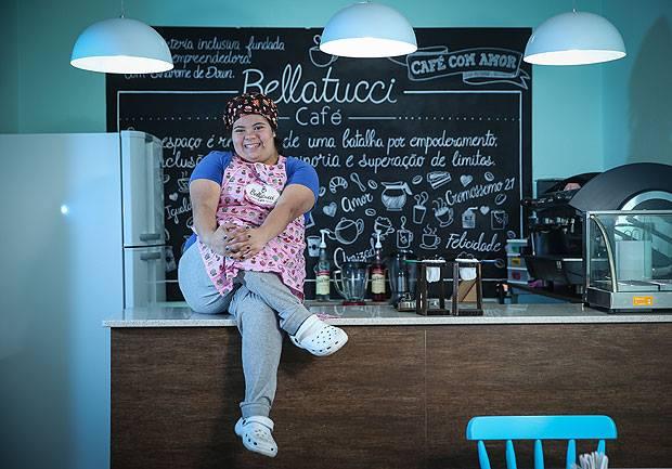 Foto da Jéssica Pereira dona do café Bellatucci e fornecedora do pó de café  na fabricação da Largo do Café em 2018